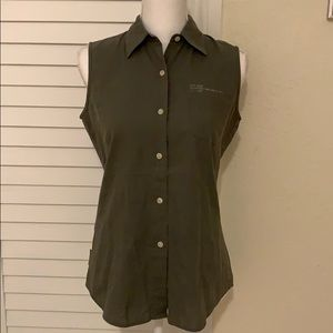 DKNY JEANS sleeveless button down olive size small